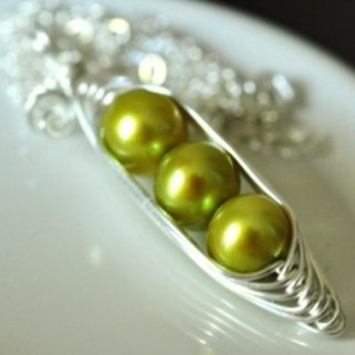 Peas in a Pod Necklace by Mu-Yin Jewelry