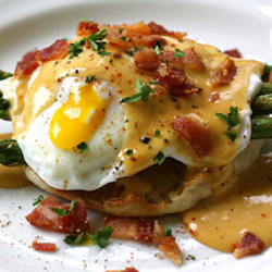 Eggs-Benedict-with-BBQ-Hollandaise