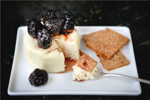 Cheesecake with Figs and Homemade Graham Crackers