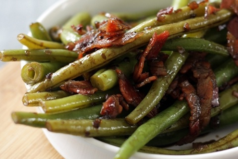 Balsamic Green Beans with Pancetta