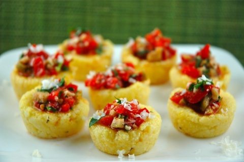 Sweet Pepper Polenta Cups