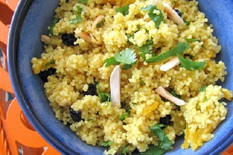 Couscous with Almonds and Apricots