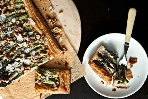 Asparagus Tart with Walnuts and Parmesan