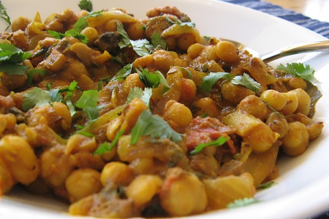 Chana Masala (Chickpea Curry)