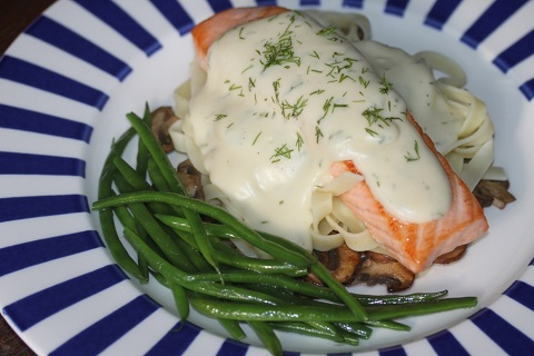 Pan Fried Salmon with Dill Sauce