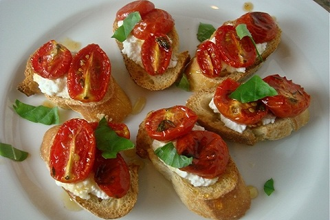 Honey Tomato Brushcetta