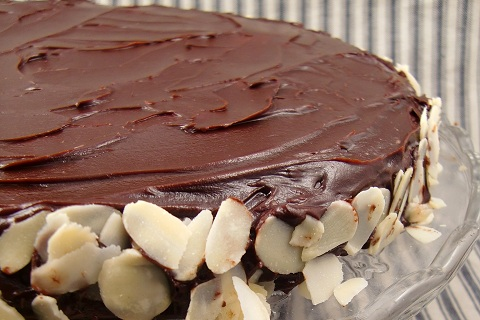 Chocolate and Almond Cake (Reine De Saba)