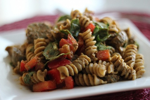 Sun-Dried Tomato Spinach Pesto Pasta
