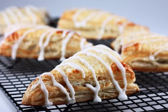 Apple Turnovers and More Ways to Serve Apple Pie! | Yummly